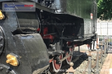 Il restauro posticcio della locomotiva R307 012
