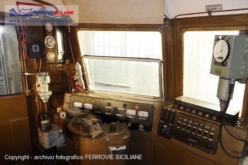 Una cabina storica ferrovie siciliane for Una planimetria della cabina del telaio