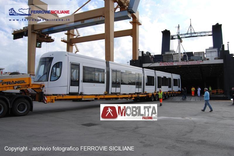 dsc1103g-20110518-palermo-tram-bombardier