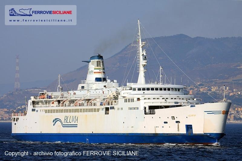20140103-fine-carriera-per-la-nave-traghetto-iginia-img_6368-20120630-messina-nt-iginia-g-r