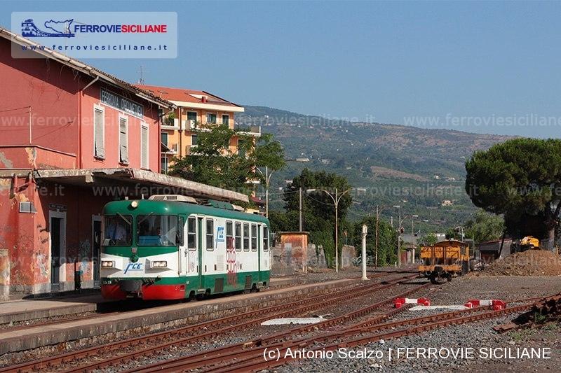 20160712 - 20160709 Giarre - FCE ADe19 - treno 3