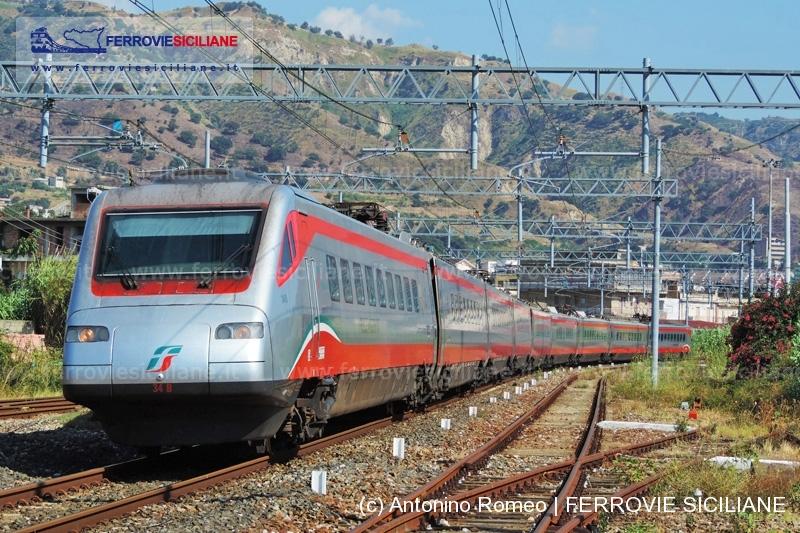 20161122 - DSCN3810 20160728 Reggio Calabria - ETR 485 n. 034 - Frecciabianca 9878 RC_RM