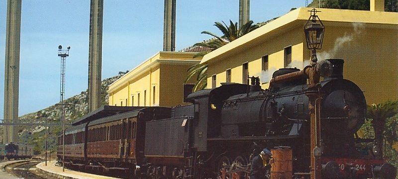"""<strong>Il viaggio inaugurale del """"Treno del Barocco""""</strong><br/>Del: 01/02/2011 N° 026<br/>Foto: coll"""