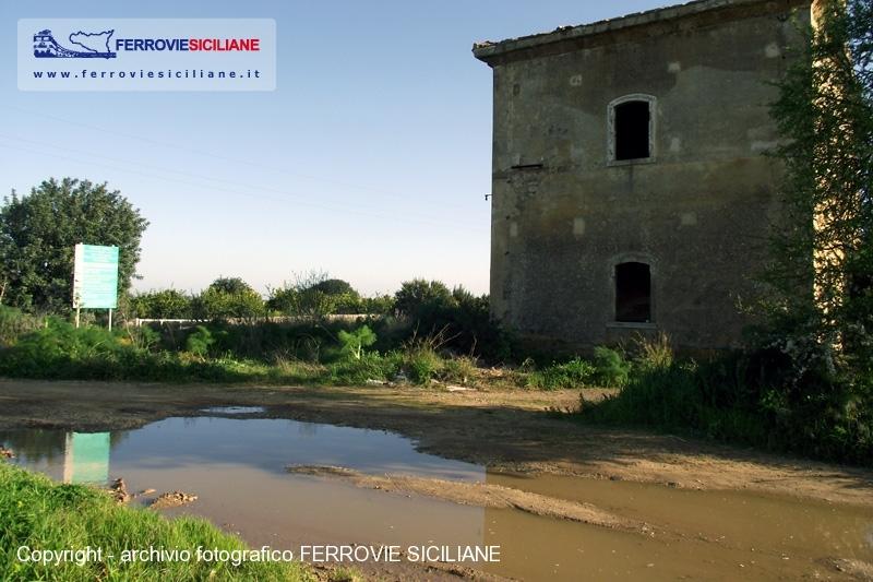 Ferrovia Noto-Pachino, bonificata dall'amianto la stazione di Roveto Bimmisca