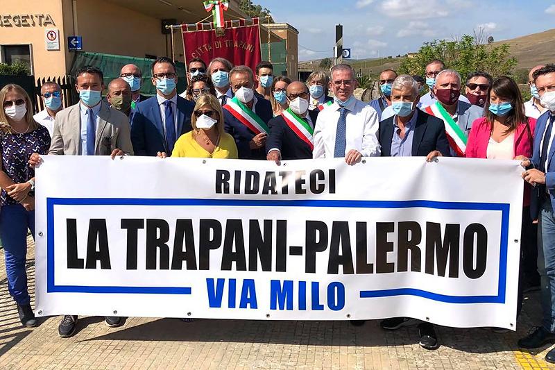 Ferrovia Palermo-Trapani, finalmente la politica si mobilita per la riapertura